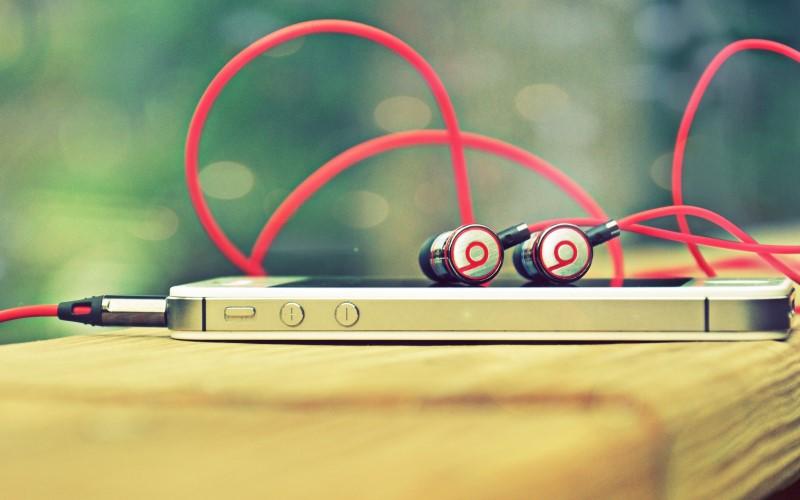Де знайти хорошу музику для роботи