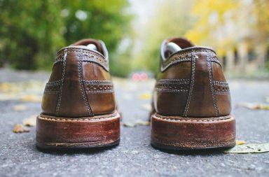 6 способів прибрати потертості з взуття