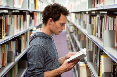 7 способів читати дуже багато книг