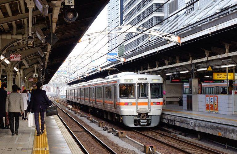 Японська компанія вибачилася за відправлення поїзда на 20 секунд раніше
